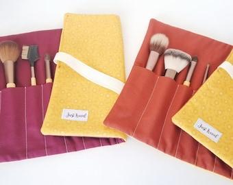 Makeup brush holder - Makeup brush roll - Makeup brush organizer - Brush case - Yellow travel brush case - Fall bag - Fall brushes - Travel