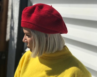164bf14acb3 Vintage 80s Red Beret