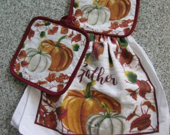 Kitchen Pot Holder and Tea Towel set Handmade decorative gift