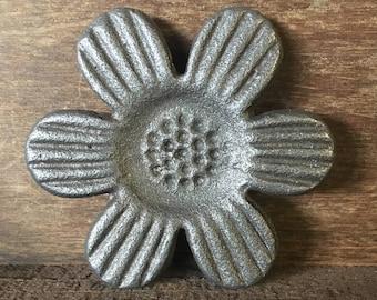 Cast Iron  flower
