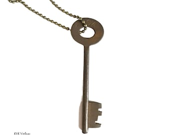 Vintage Skeleton Key Necklace (SIMPLE) - Key Necklace - Old Key - Boho Key Necklace