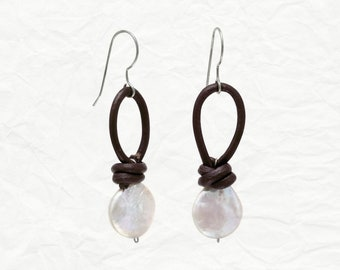 Cultured Freshwater Pearl & Leather Earrings - Bohemian Earrings - Dangle Earrings - Pearl Earrings