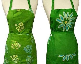Reversible Green Batik Apron - Fair Trade - Cooking Apron - Kitchen Apron - Cotton Apron - Handmade Apron