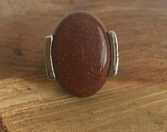 Goldstone Gemstone Ring - Vintage Ring - Costume Ring - Fashion Ring - Silver Oval Ring - Size 8