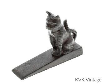 Cast Iron Sitting Cat Stopper - Door-Stopper - Animal Door Stopper