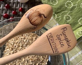 Pumpkin Spice Spoon Set / Pumpkin Spice Kitchen Decor / Wood Spoon and Spatula Set / Fall Kitchen Decor / Wood Burned Spoon Set / Pumpkins