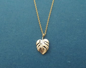 Monstera foliage necklace, Leaf necklace, Autumn necklace, Fall necklace, Gold necklace, Silver necklace, Christmas gift, Gift for wife
