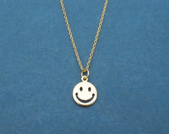 Smile necklace, Smile face necklace, Cute jewelry, Dainty jewelry, Gift for housewarming, Gift for COVID-19, Gift for children