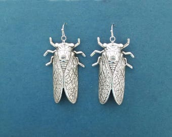 Silver Cicada Drop Earrings, Dangle Earrings, Cicada Jewelry, Best friends, Birthday, Mother's day, Teacher Gift Jewelry