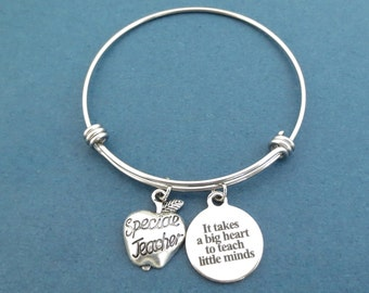 Special Teacher, It takes a big heart to teach little minds, Apple, Silver, Bangle, Bracelet, Trainer, Teacher, Instructor, Jewelry
