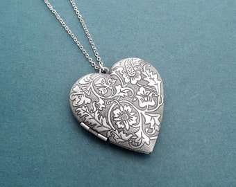 Heart necklace Vintage style Locket necklace Silver necklace Flower locket photo necklace Gift for her Gift for family Housewarming gift