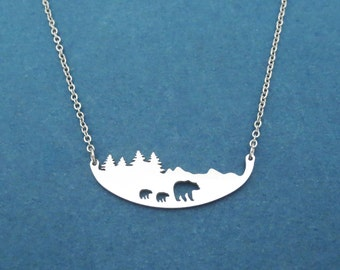 Polar Bear Necklace, Forest Necklace, Mountain Necklace, Animal necklace, mother and children, gift for mom, Three bear necklace, Jewelry