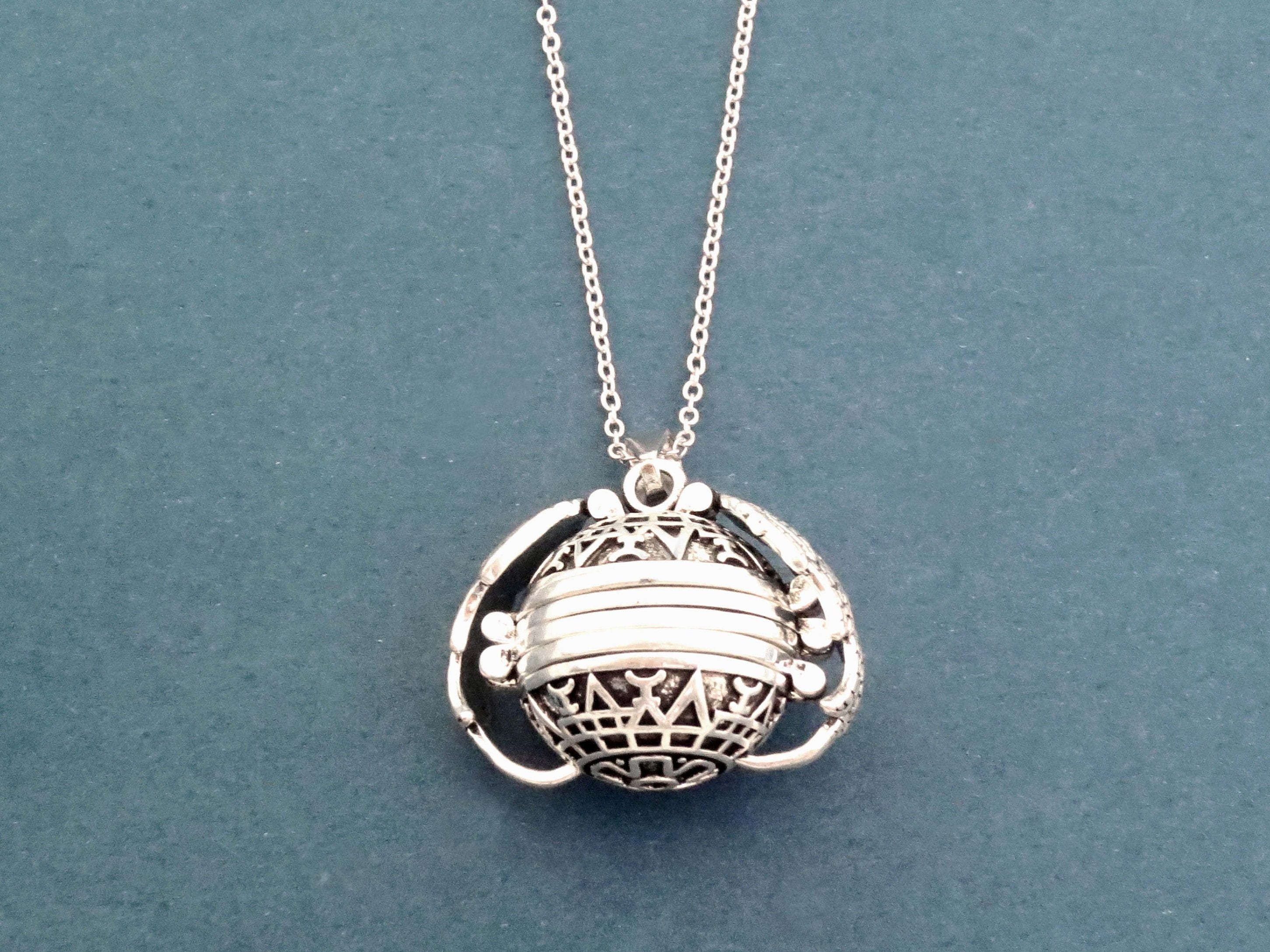 Snitch ball, Locket, 4 Photo frame, Antique, Silver, Necklace