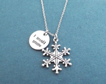 I smell snow necklace Snowflake necklace Silver necklace Gilmore Lorelai necklace Gift for best friend Gift for friendship Gift for her