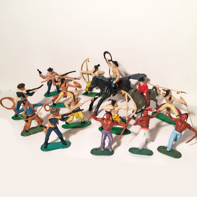 Wild West Action Figures  Cowboys Native American Indians, Horses, Riders   16 Pieces Vintage Collectible Toy, Play Replica Display Figurines