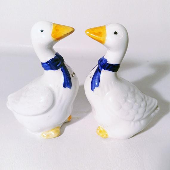 Novelty White Duck Cruet Set White Duck Salt and Pepper Shakers