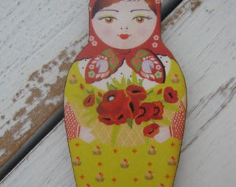 Russian Matroyshka Doll Brooch #12, Vintage Babushka Doll Illustrations on Laser Cut Wood, Wooden Russian Nesting Doll Brooch or Magnet