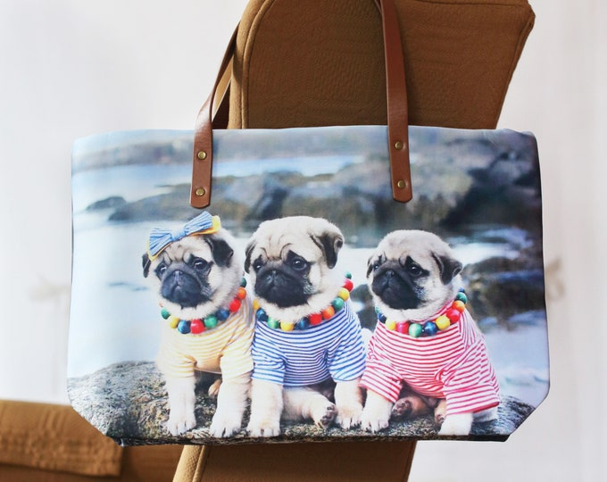 Classic PUG BAG - A Day by the Sea - Pugs and Kisses