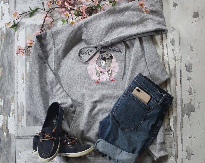 NEW Hoodie Sweatshirt LIGHT GRAY Classic Pugs and Kisses Women's Logo Pug sweatshirt
