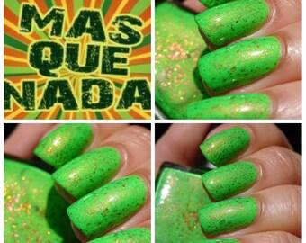 Mas Que Nada ~ uitizcht zomer collectie Neon groen Crelly 10ML