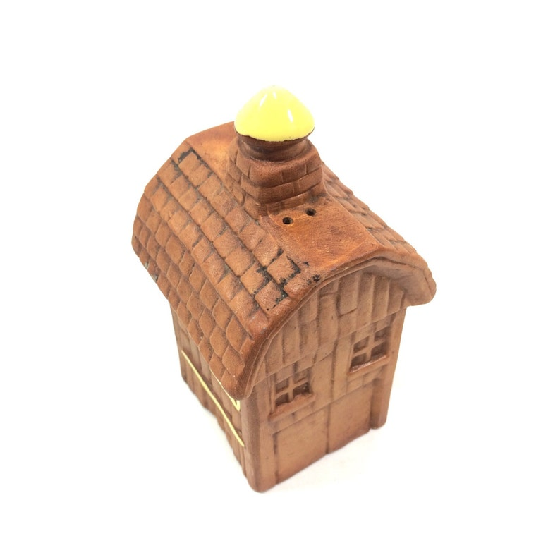 Vintage Barn Style Pepper Shaker by Twin Winton Farmhouse Style Shaker Fun Country Kitchen Decor