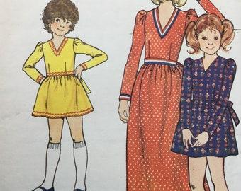 "Sewing Pattern, Girls  dress pattern, Vintage  Pattern,  sewing pattern,  Size 8 years Chest 27"""