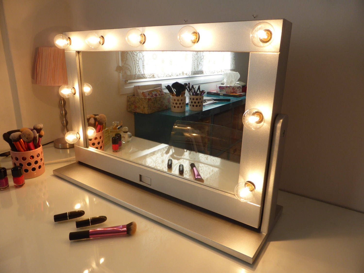 Vanity Mirror With Lights And Stand Tilted Hollywood