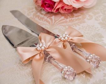 Rose Gold Cake Cutting Set Blush Cake Serving Set Rose Gold Wedding Cake Server Set Engraved Wedding Knife Set Engraved Cake Server