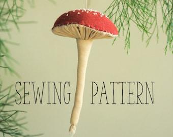 Pleated mushroom / toadstool digital sewing pattern / Christmas ornament