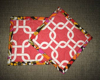 Quilted Pot holders , Potholders,pot holders, Fabric Pot holders, Contemporary Potholders ,7 x 7 inch ,Christmas gift