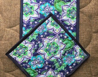 Quilted Pot holders , Potholders,pot holders, Fabric Pot holders, Contemporary Potholders ,8 x 8 inch