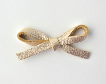 Platinum LARGE Leather Bow Clip Adorable Photo Prop for Newborn Baby Little Girl Child Adult Summer Headwrap Pretty Bow