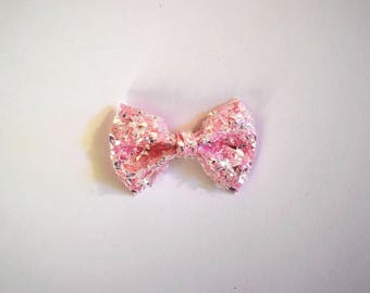 Crushed Pink Ice Glitter Bow Clip Beautiful Little Bow for Newborn Baby Child Little Girl Adult Photo Prop Adorable Valentines Day Love Bow