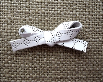 White EYELET LARGE Leather Bow Clip Adorable Photo Prop for Newborn Baby Little Girl Child Adult Headwrap Pretty Bow Blessing Baptism Bow