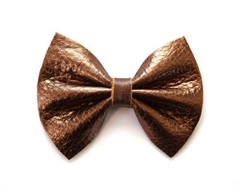 Bronze Metallic Leather Bow Clip for Newborn Baby Little Girl Child Adult Beautiful Adorable Hall Holiday Brown Bow Photo Prop Pictures
