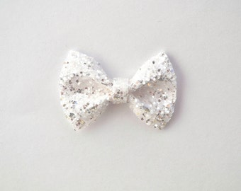 White/Silver Glitter TINY Alligator Clip Little Bow for Newborn Baby Child Little Girl Adult Photo Prop Adorable Photo  Summer Clip