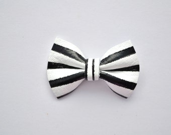Black and White Pinstripe Leather TINY Bow Clip Little Bow for Newborn Baby Child Little Girl Photo Prop Adorable Fall Halloween Pictures
