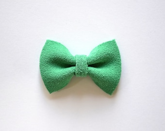 Kelly Green Suede TINY Bow Clip for Newborn Baby Child Little Girl Photo Prop Adorable Spring Summer Pictures Jade Light Green Clip