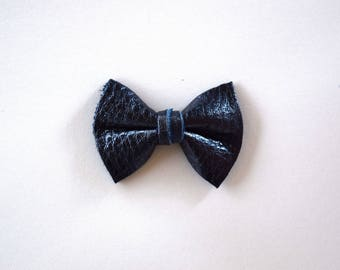 Navy Metallic Leather TINY Clip Little Bow for Newborn Baby Child Little Girl Adult Photo Prop Adorable Summer 4th of july Bow Pictures