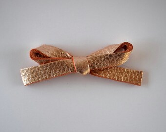 Blush Rose Gold Metallic LARGE Leather Bow Clip Adorable Photo Prop for Newborn Baby Little Girl Child Adult Summer Headwrap Pretty Bow