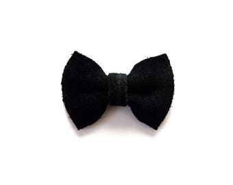 Black Suede Leather TINY Clip Little Bow for Newborn Baby Child Little Girl Photo Prop Adorable Fall Halloween Holiday Ebony Bow Pictures