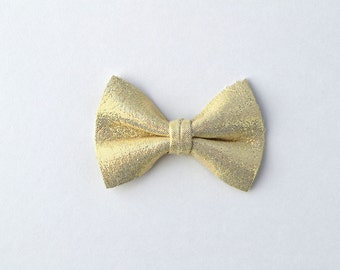 Pearlized Light Gold Metallic Leather TINY Bow for Newborn Baby Child Little Girl Photo Prop Adorable Spring Summer Pictures Clip