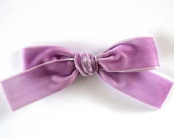 Lilac Velvet Ribbon Extra Large Bow Clip for Newborn Baby Child Little Girl Photo Prop Adorable Beautiful Spring Summer Clip Headband