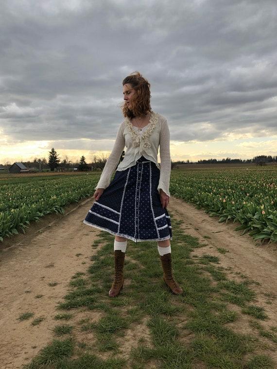 Gunne Sax Skirt, Vintage 70s Navy Floral Prairie … - image 8