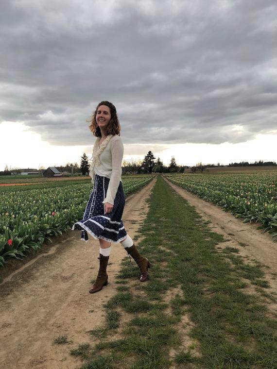 Gunne Sax Skirt, Vintage 70s Navy Floral Prairie … - image 5