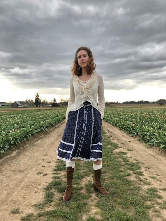 Gunne Sax Skirt, Vintage 70s Navy Floral Prairie … - image 3