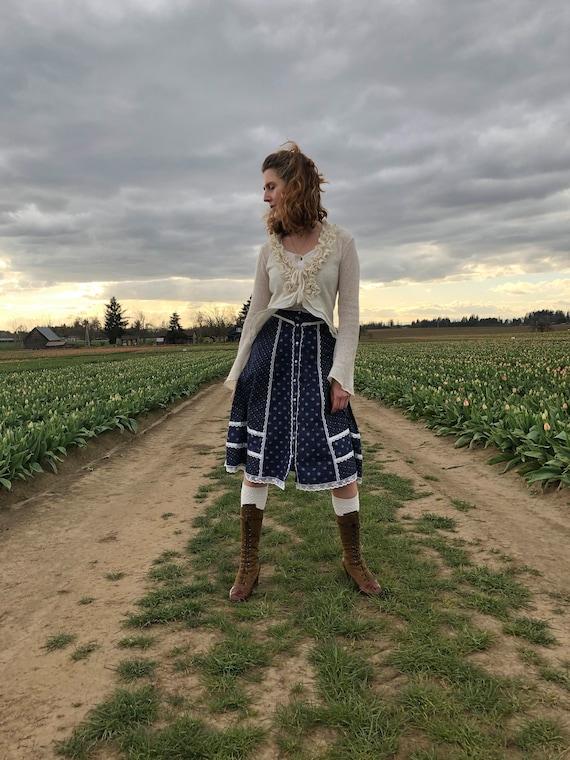 Gunne Sax Skirt, Vintage 70s Navy Floral Prairie … - image 9