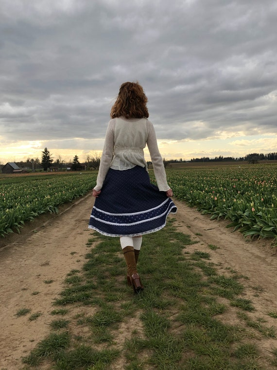 Gunne Sax Skirt, Vintage 70s Navy Floral Prairie … - image 6