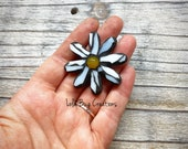 Mini Glass Mosaic Daisy Magnet