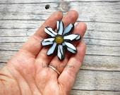 Mini Glass Mosaic Daisy Magnet